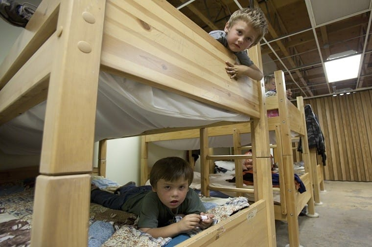 bunk_bed_boys_web